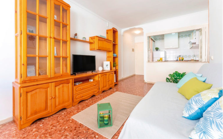 HOME STAGING SALÓN 4 SALOU