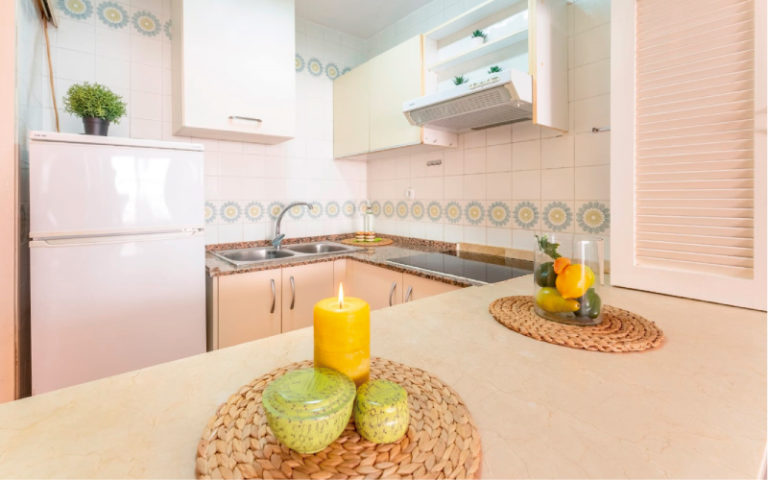 HOME STAGING COCINA 2 SALOU